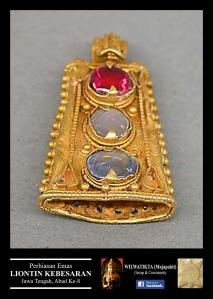 liontin kebesarab jawa tengah abad 8